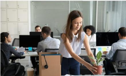 AD – Begin je aan je eerste baan? Dit doe je wel en dit vooral niet